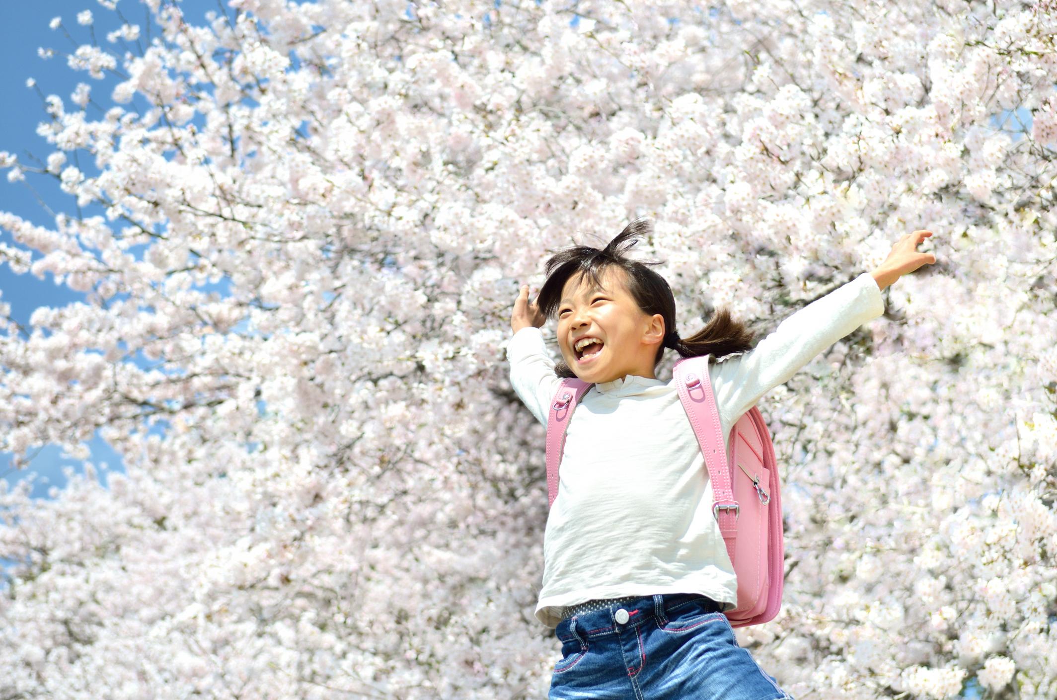 日本小學不可思議習慣之「日本小學生書包、放學前班會」/日本の小学校の不思議な習慣「ランドセル・帰りの会」